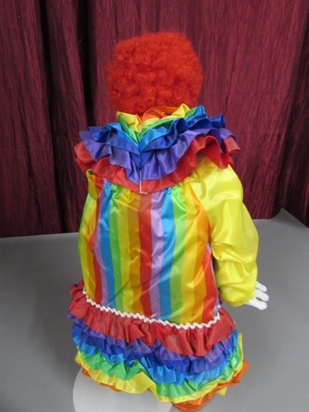 RUFFLES THE CLOWN DYNASTY DOLL