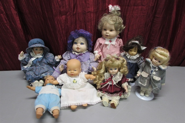 PRETTY LITTLE DOLLS