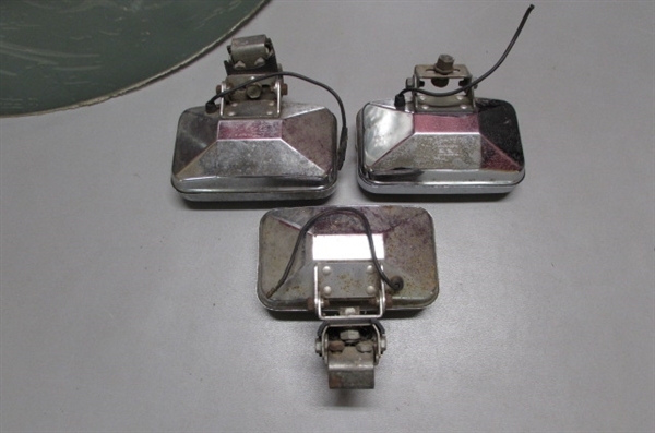 VINTAGE GAS CANS AND VEHICLE MIRRORS