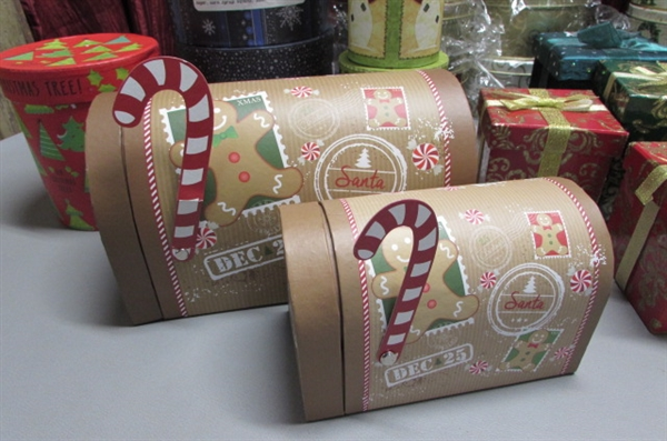 GIFT BOXES AND TINS