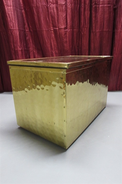 BRASS STORAGE BOX WITH HINGED LID