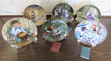 VTG LOT OF COLLECTIBLE FAIRY TALE PLATES