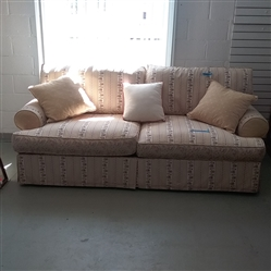 FLORAL SOFA WITH REVERSIBLE CUSHIONS & THROW PILLOWS