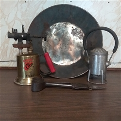VTG BLOW TORCH, GOLD PAN, SHEERS, AND RAILROAD LANTERN
