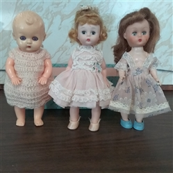 VINTAGE DOLLS MADAME ALEXANDER, COSMOPOLITAN, AND UNMARKED
