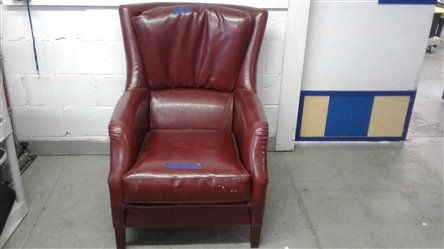 ZOCALO RED LEATHER CLUB CHAIR