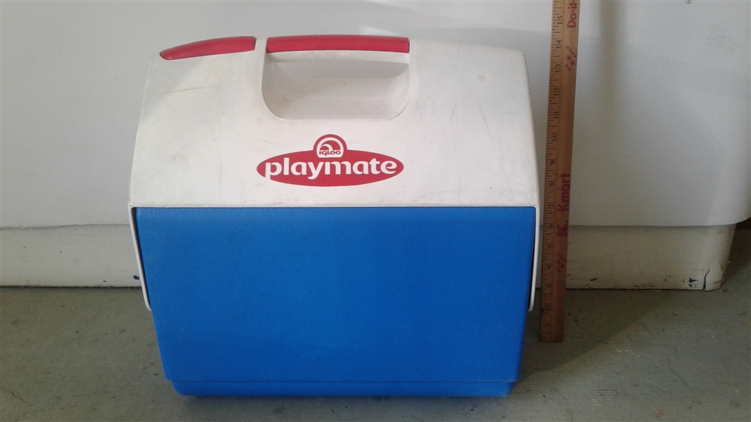 IGLOO PLAYMATE ICE CHEST AND ROLLING IGLOO ICE CHEST