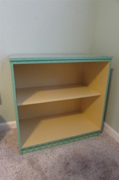 SOUTHWEST DESIGN HAND PAINTED CABINET WITH ADJUSTABLE SHELF