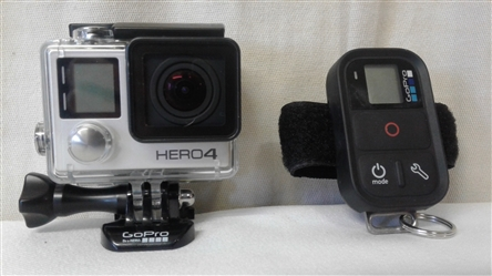 GOPRO HERO4 SMART REMOTE AND ACCESSORIES
