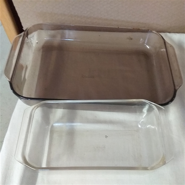 PYREX AND ANCHOR OVENWARE
