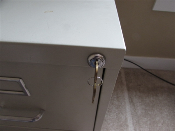 OFFICE DEPOT LOCKING 2 DRAWER FILE CABINET