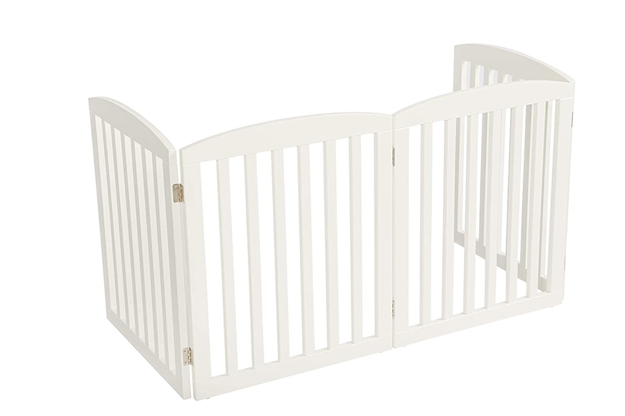 Universe Home Inc Wooden Pet Gate with Support Feet 24 High