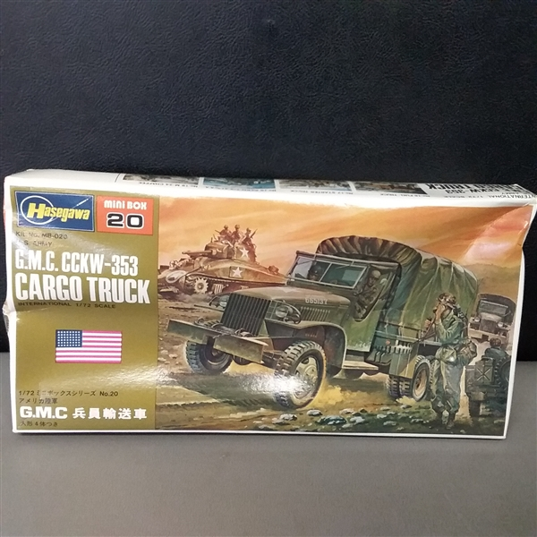 Lot of 9 Vintage Model Sets Military Vehicles
