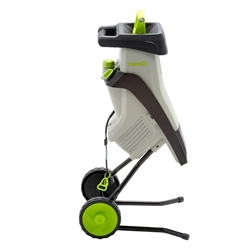 Lawnmaster 1.5 in. 15 Amp Electric Chipper Shredder