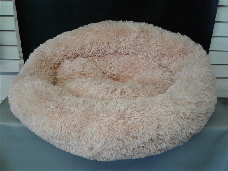 SAVFOX Long Plush Comfy Calming & Self-Warming Bed for Cat & Dog, Anti Anxiety, Furry, Soothing, Fluffy, Washable, Abbyspace, Marshmellow Pet Donut Bed. XL 31