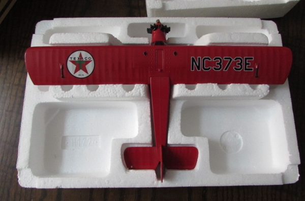 DIE CAST COLLECTIBLE 1929 CURTISS ROBIN AIRPLANE BANK