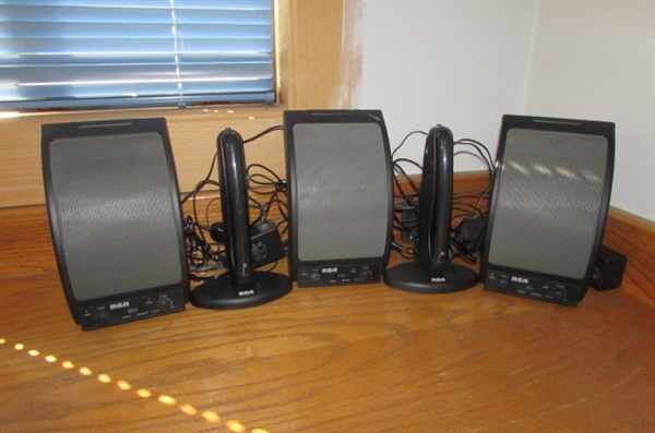 3 RCA WIRELESS SPEAKERS & 2 TRANSMITTERS