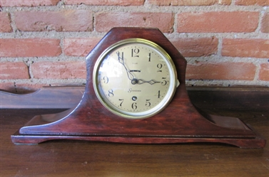 ANTIQUE SESSIONS 8-DAY MANTLE CLOCK
