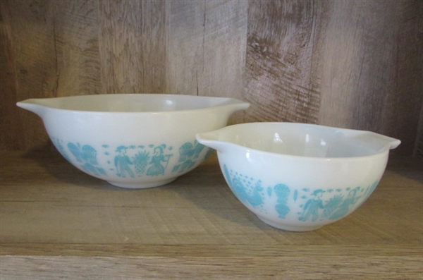 PYREX BOWLS & GLASS SERVING BOWLS FOR THE HOLIDAYS *ESTATE*