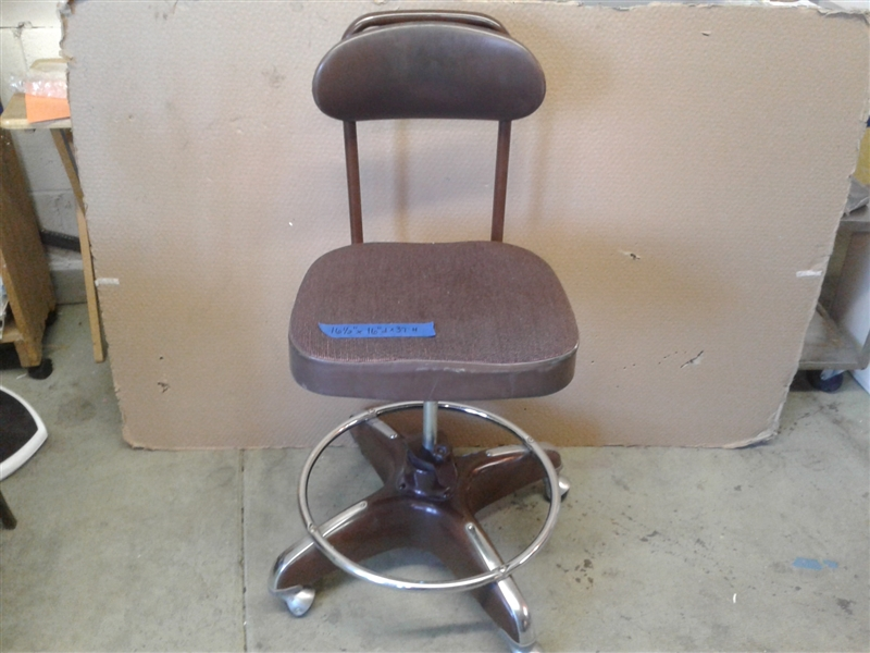 Vintage Globe Cosco Industrial Mid Century Mod Office Pedestal Chair