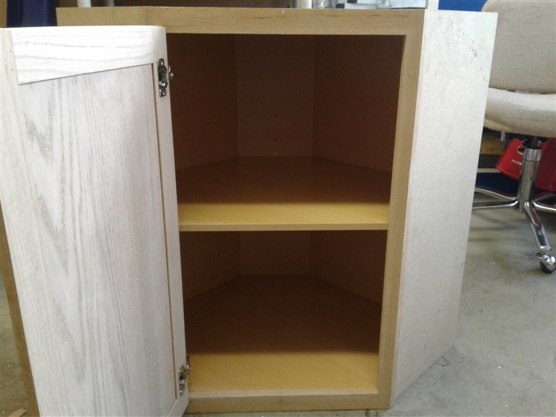 MasterBrand Cabinet