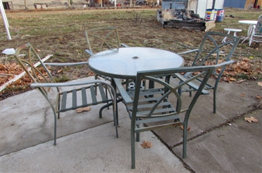 ROUND GLASS OUTDOOR TABLE AND CHAIRS
