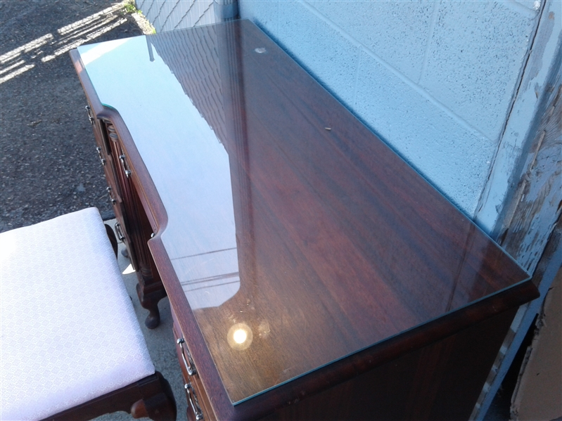 Kling Vintage Queen Anne Mahogany Vanity w/Glass Top & Mirror & Bench