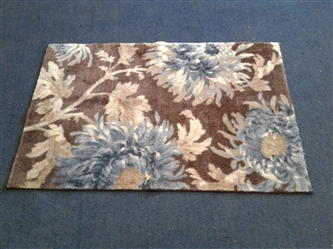 Floral Area Rug 30x45