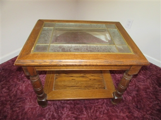 OAK SIDE TABLE WITH LEADED GLASS INSERTS